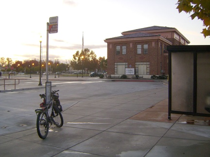 The 10-ton bike waits at the Amtrak bus stop at the San José train station