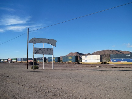 As I arrive in the area of the town of Daggett, I pass an old sign for a defunct service station