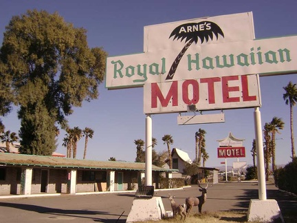 Leaving the Royal Hawaiian Motel in Baker to start my Mojave National Preserve trip
