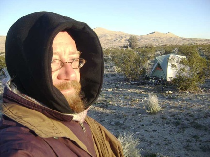 All bundled up, I go for a short walk around the campsite in the cold sun to warm up a little