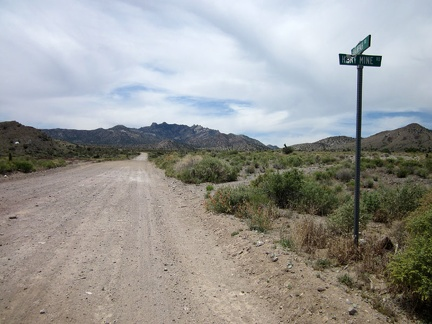 Hart Mine Road ends at Barnwell, so I turn south on Ivanpah Road, with the New York Mountains peaks in front of me