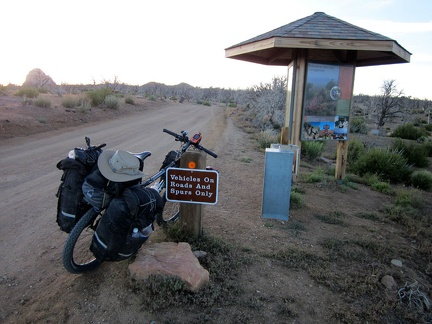 I arrive at the Mid Hills campground entrance kiosk; I'm happy to be back for yet another visit