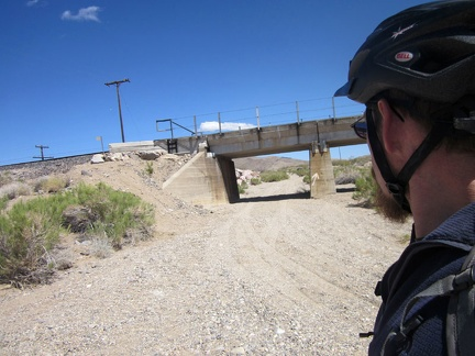 I pass another of these railway bridges and this one has a sandy road running under it, toward Willow Wash