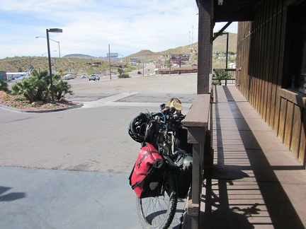 At the south end of Searchlight, Hwy 95 leaves town for the open desert