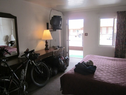 My room is clean, though the mattress rather worn-out, and it's bicycle-friendly