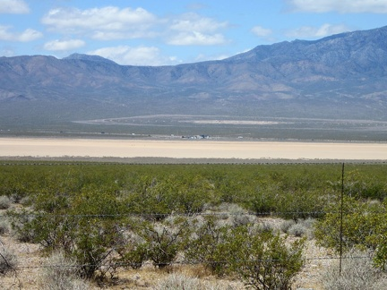 From Nipton-Desert Rd, I can see across Ivanpah Dry Lake to the huge BrightSource solar plant under construction