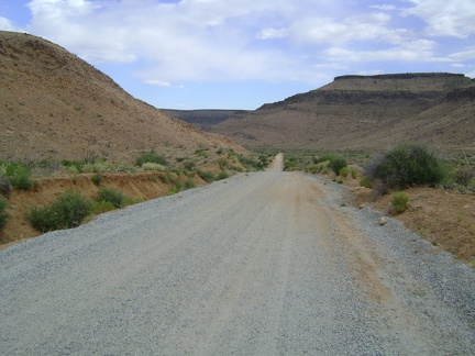 I'm back on Wild Horse Canyon Road in the scenic area